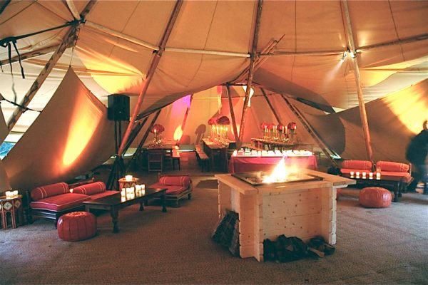 Chimenea interior Tipi Giant